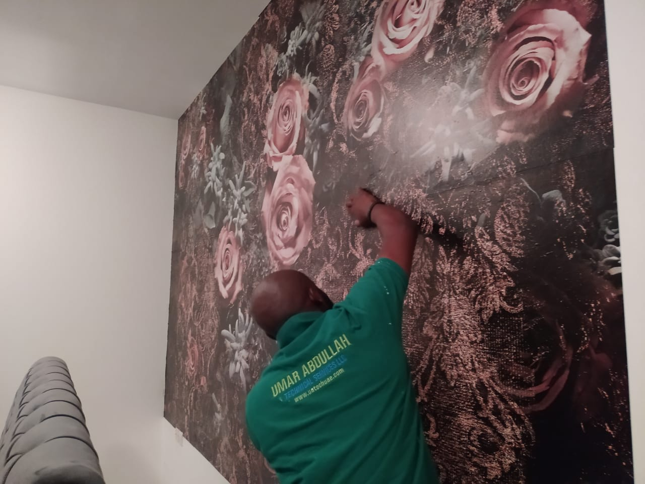 Best Wallpaper Fixing Company For Wallpaper Installation In Uae